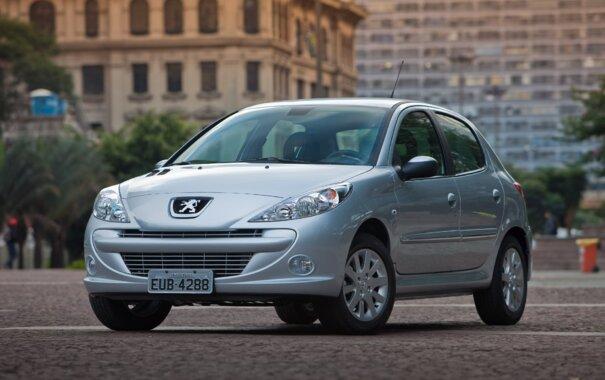 Peugeot 207 2015