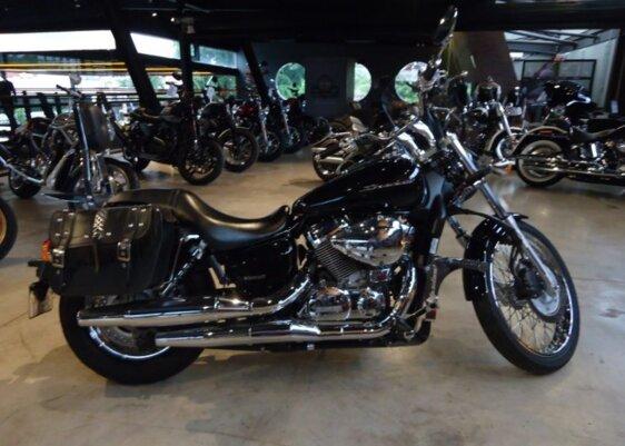 HONDA SHADOW 750  ABS