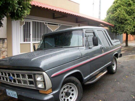 FORD F1000 3.6  CAB DUPLA