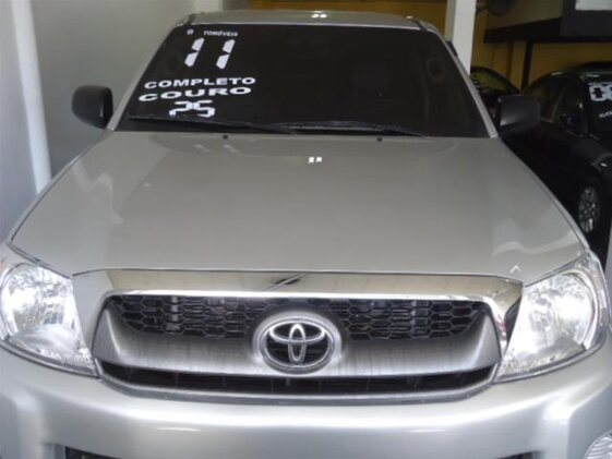 TOYOTA HILUX 2.5 TD 4X4  CAB. SIMPLES  CHASSI