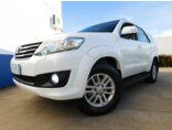 Toyota Hilux SW4 3.0 TDI 4x4 SRV 7L 2013/2014 4P Branco Diesel