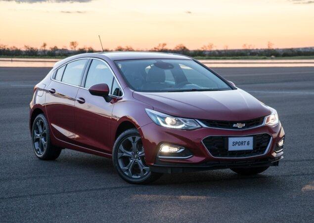 Novo Chevrolet Cruze Sport6 2018  86103_1