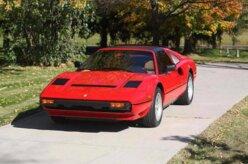 Ferrari usada em famoso seriado de TV vai a leilão
