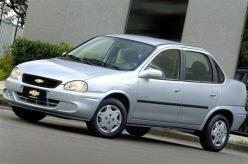 Chevrolet Classic muda pouco na linha 2009
