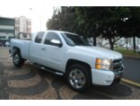 Chevrolet Silverado Pick Up Z71 5.3 V8 4X4 (Cab Dupla) 2011/2011 4P Branco Flex