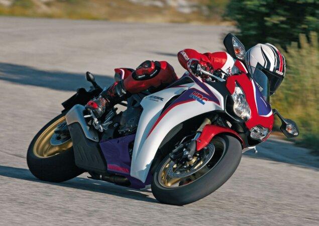 8b362086018 Motos de alta cilindrada são boa opção na hora de adquirir uma usada devido  à baixa