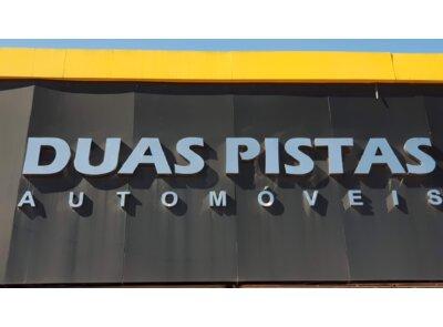 DUAS PISTAS AUTOMOVEIS