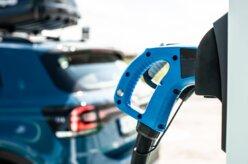 Carro elétrico levará décadas para dominar   Calmon