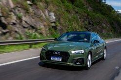Audi A5 Sportback: faróis LED Matrix se destacam à noite